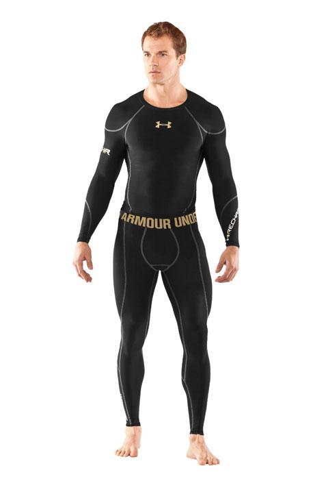 Figure 1. T-Shirt et caleçon long Under Armour® Recharge™. 1f0129cafae