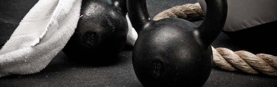 kettlebell, kettlebells, girevoy sport, sport, performance, rééducation, force, puissance, explosivité, haltérophilie, transfert, saut, endurance, musculaire, EMG, mécanique, biomécanique, entraînement, Cross-Fit, MMA, Mixed Martial Art, conditionnement, préparation physique, swing, snatch, cleand and jerk, squat, arraché, épaulé-jeté